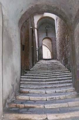 straatje in Pitigliano. In een straal van 15 km. vindt u prachtige door Unesco beschermde dorpjes al Sorano, Pitigliano , Sovanna en castel Azzarra