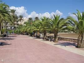 De Boulevard van Puerto Mazarron