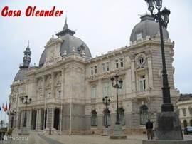 Cartagena: Mooie (Marine) Havenstad Wie een bezoek brengt aan de Costa Calida moet zeker een keer naar Cartagena.