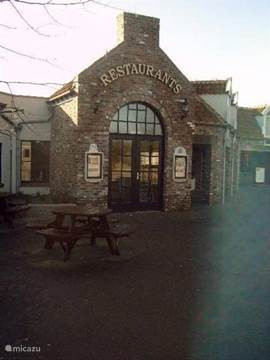 Andere zijde restaurant De Waddenzee