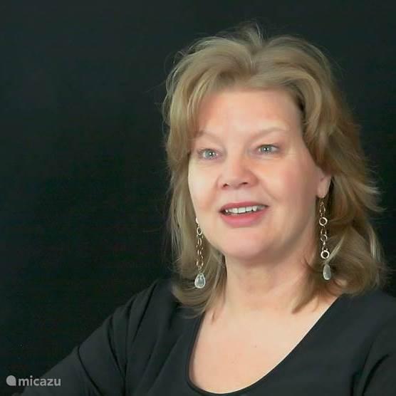 Carla Lantinga