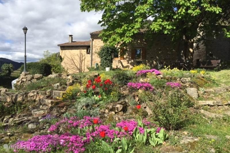 Vacation rental France, Ardèche, Gluiras Holiday house La basse Maza - La Vigne