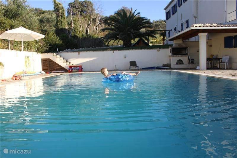 Vakantiehuis Griekenland, Corfu, Karousades Villa Villa Blue Whale