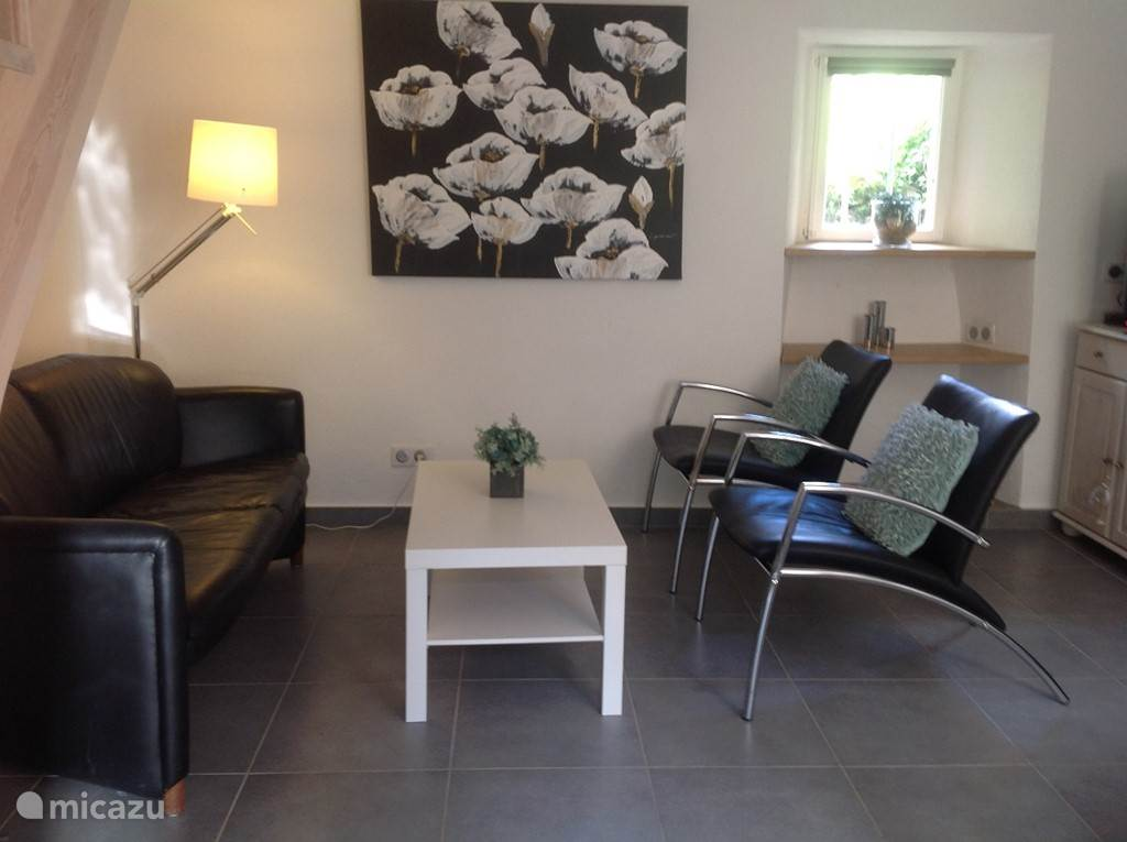 Living- zithoek comfortabele  2 zits bank-2 fauteuils