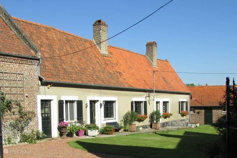 Vacation rental France, Pas-de-Calais, Mouriez Farmhouse La Vieille Ferme
