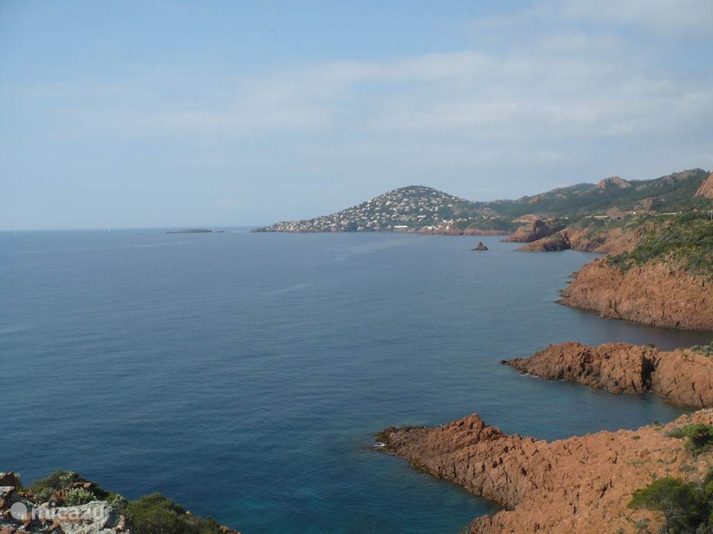 The beautiful coast of Saint Aygulf in front of Le Palatin.