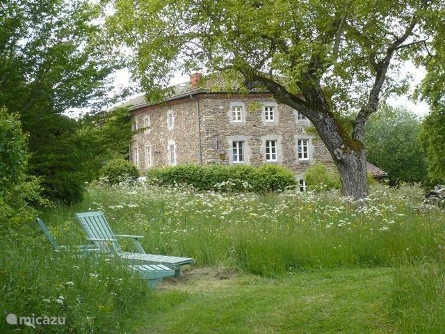 Vakantiehuis Frankrijk, Auvergne, Dore-l'Église chalet Letoile Dore Domaine & Vakantiepark