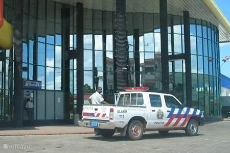 Betaalmiddel in Suriname