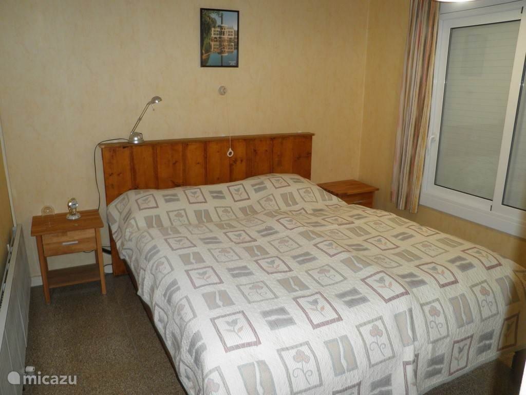 slaapkamer 1, 2x 1 persoonsbed, 210x90cm