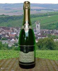 Opening a Cremant de Bourgogne