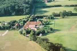 Domaine de Soulisse omringd door het Forêt de Tronçais en landerijen, bocage bourbonnais'