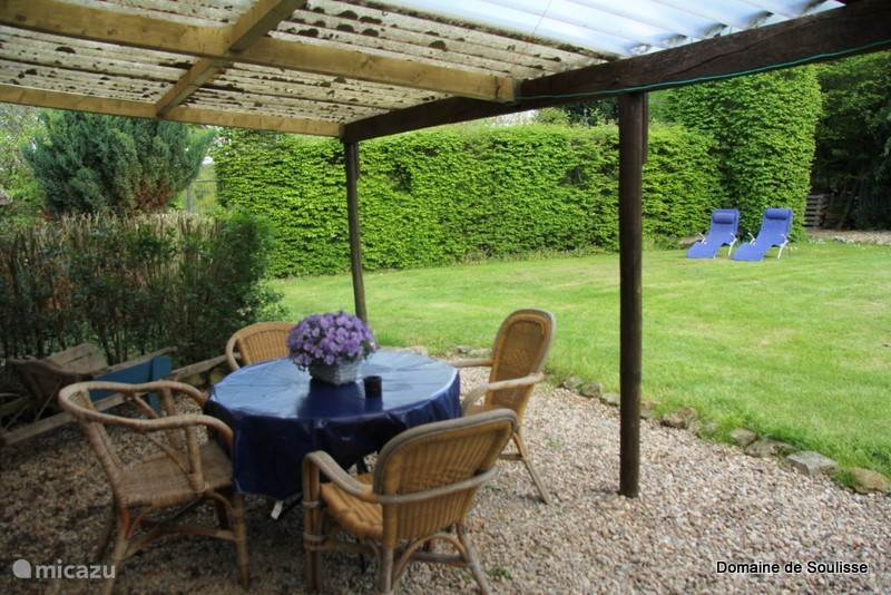 The lovely private garden is completely lockable, handy with dogs and small children.