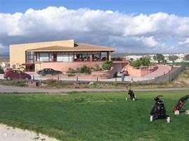 Golfclub waar je voor een redelijke prijs goed kan eten (5 minuten lopen)