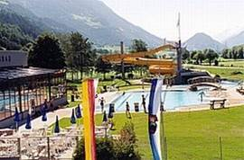 Het openluchtzwembad in Obervellach (5 km)