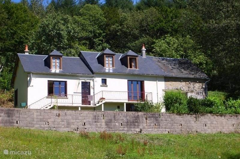 Vakantiehuis Frankrijk, Nièvre, Le Puits Vakantiehuis Le Puits