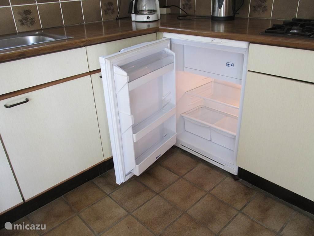 In september 2016 is deze koelkast met vriesvak  in gebruik genomen.