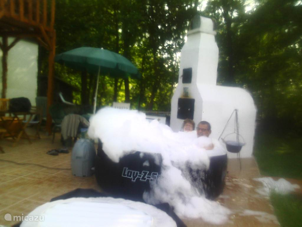 hot tub met yakuzzi...