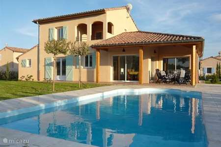 Vacation rental France, Ardèche, Vallon-Pont-d'Arc villa les oliviers