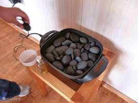 The stones are heated for a nice hot stone massage (1 hour for 16 Euro)