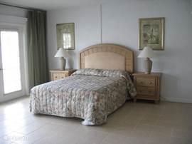 Bonusroom met groot tweepersoons bed