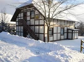 een prachtige zonnige dag in de winter in Frankenau