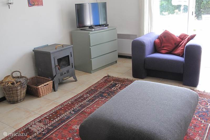 Vacation rental France, Charente, Écuras Holiday house Le Chat