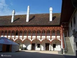 Kasteel Schallaburg tegelijk gebouwd met de Hohe Schule