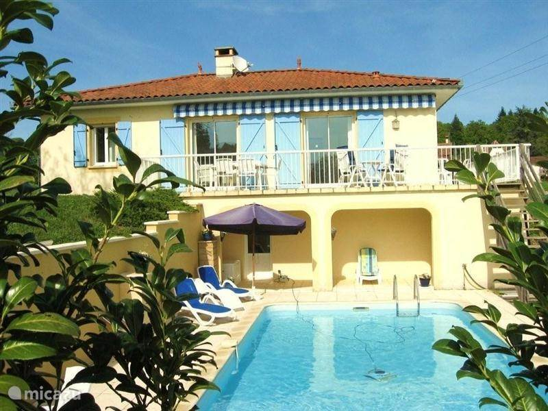 Vacation rental France, Lot, Cardaillac villa L`Oustal Niau