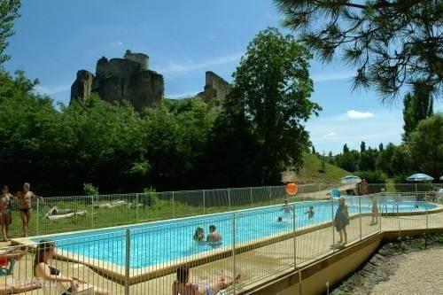 Der Pool Ist Auch Sehr Geeignet Für Kleine Kinder Und Hat Eine Benachbarte  Kinderbad. Das
