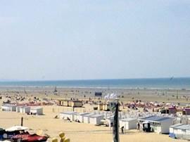 Strand im Sommer (links Ansicht)