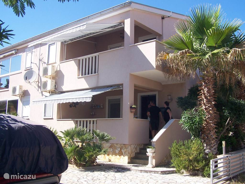 Vacation rental Croatia, Dalmatia, Vir Apartment Appartement Barbara