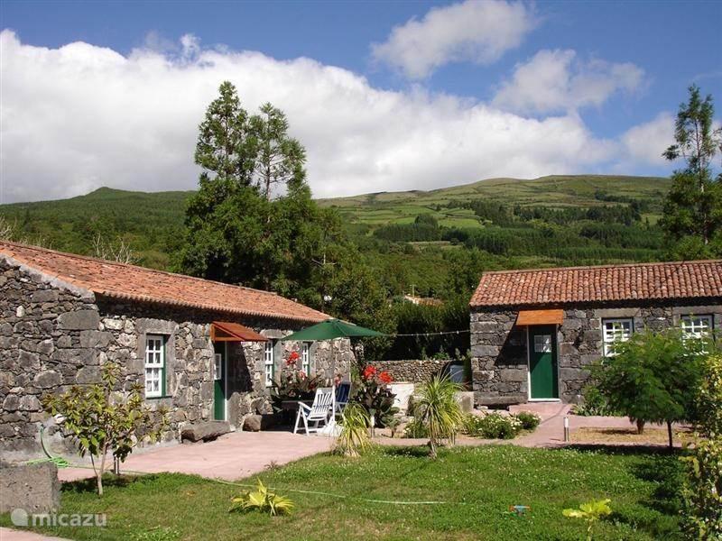 Vakantiehuis Portugal, Azoren, Capelo - Horta - vakantiehuis Casa do Sabugo