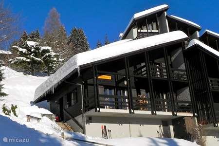 Vakantiehuis Zwitserland – chalet Chalet Grand Beau
