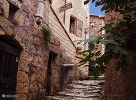 Gezellige straatjes van Sorano