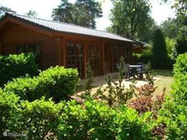 Prachtig chalet met mooie tuin.