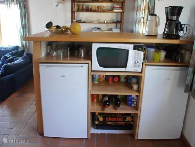 ... en de bar aan de keuken-kant.