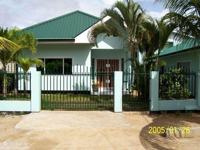 Vacation rental Suriname, Paramaribo, Paramaribo holiday house House Hilda