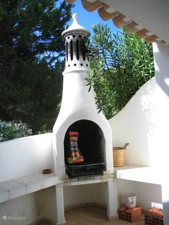 Villa Alegria, BBQ