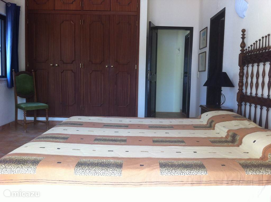 Slaapkamer 1 (master bedroom) op 1e etage