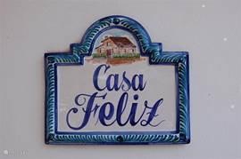 Casa Feliz, een huis om gelukkig in te zijn! Wij doen er in ieder geval alles aan om u te laten genieten in dit huisje van geluk.