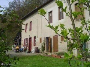 Vacation rental France, Auvergne, Gouttières - holiday house Pilard 1