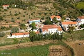 Termas da Azenha: de andere helft van het dorpje