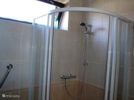 badkamer beneden
