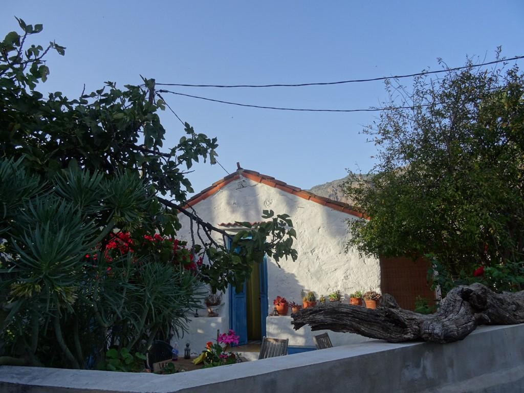 korting op huurprijs ! De winter vergeten en heerlijk genieten van het bloeiende voorjaar in Casa Rosiana: wandelen, fietsen, zwemmen en rondtouren.