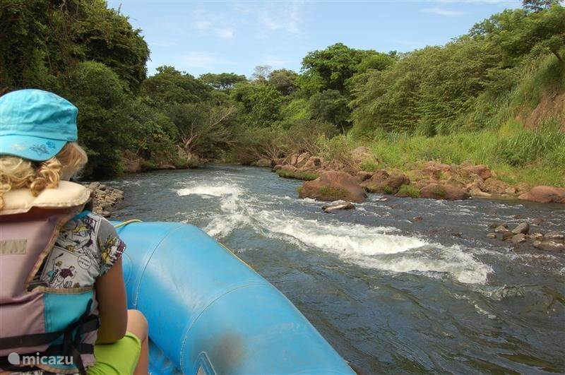Attractions nearby: Familyraft