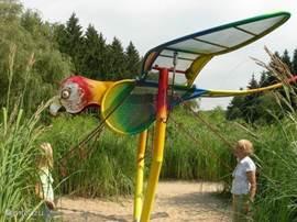 Domaine Provincial in Chevetogne. Ein schön angelegter Park mit verschiedenen Themengärten, sondern auch Boote mieten, Schwimmbäder und Spielplätze.