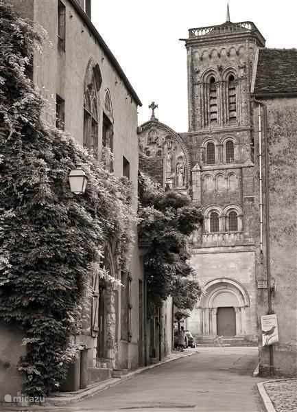 Avallon and Vézelay