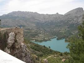 Op een half uur rijden vanaf alicante kom je lang inwaards Guardalest tegen met een magnifiek uitzicht.