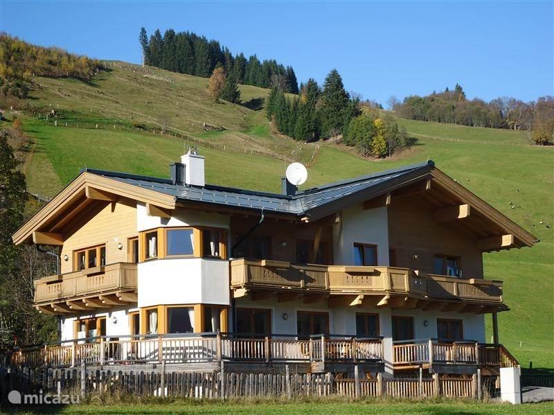 Vacation rental Austria, Salzburgerland, Hinterglemm apartment Haus Hollandia Top 4/ Traumlage