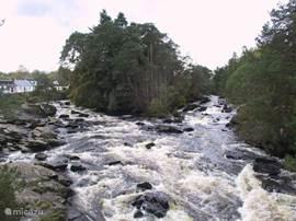 Falls of Dochart in het nabij gelegen dorpje Killin